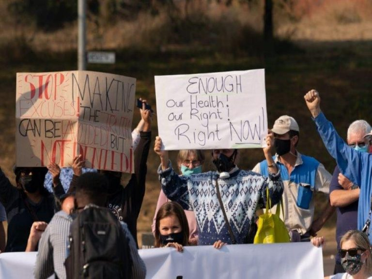 resize Landfill site protest2